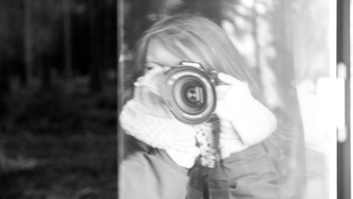 Set photographer Lisi